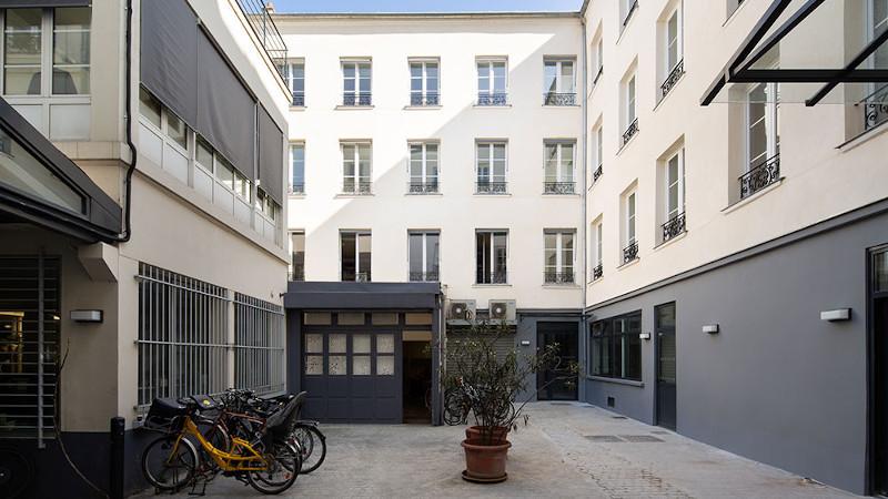 A Paris, passage de la bonne graine, Atelier MG réhabilite les étages