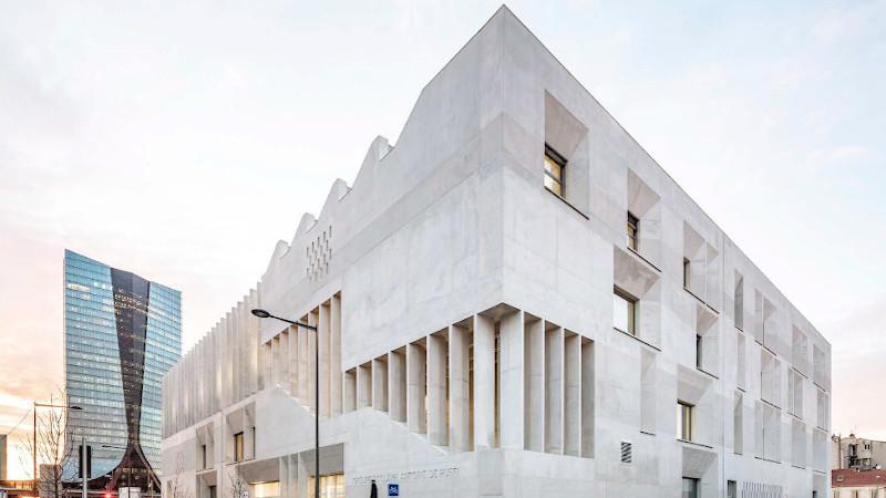 A Marseille, l'école Antoine de Ruffi, un Tautem pour Euroméditerranée