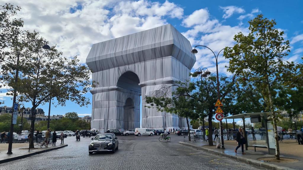 Architecture dans son linceul par Christo et Jeanne-Claude